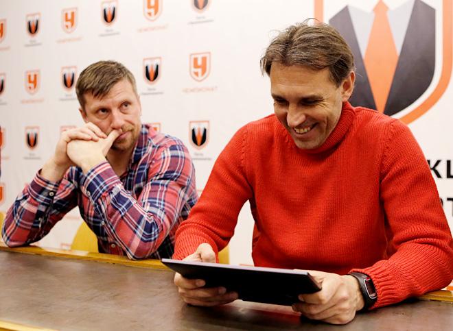 Александр Ширко и Олег Корнаухов тестируют 7 лучших футбольных симуляторов для мобильных устройств