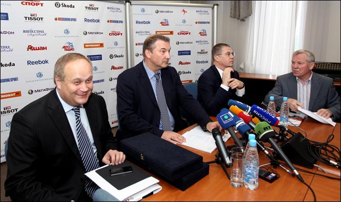 26 мая 2011 года. Москва. Заседание исполкома ФХР