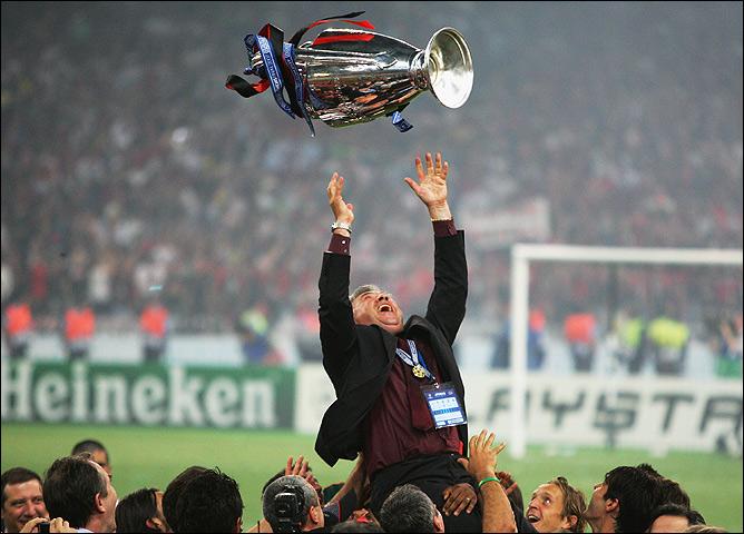 Карло Анчелотти с Кубком чемпионов