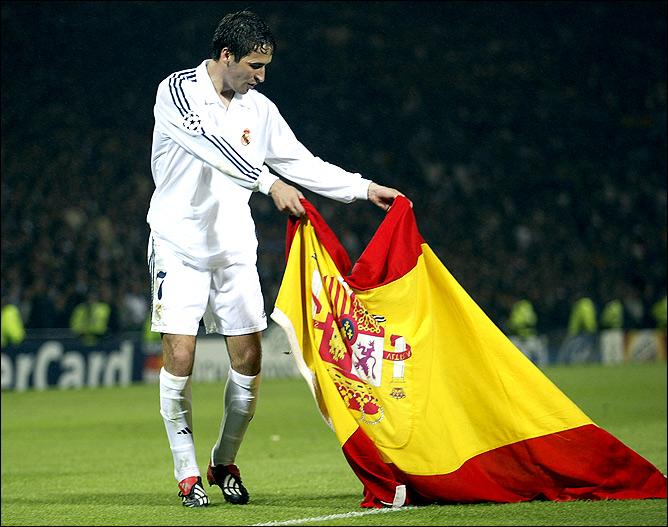 Рауль с испанским флагом