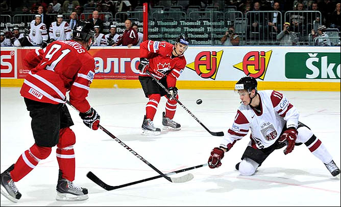 10.05.2010. ЧМ-2010. Канада - Латвия - 6:1. Фото 01.