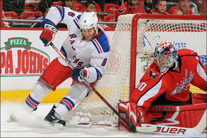 "25 ноября 2011 года. Вашингтон. Регулярный чемпионат НХЛ. ""Вашингтон Кэпиталз"" — ""Нью-Йорк Рейнджерс"" — 3:6"