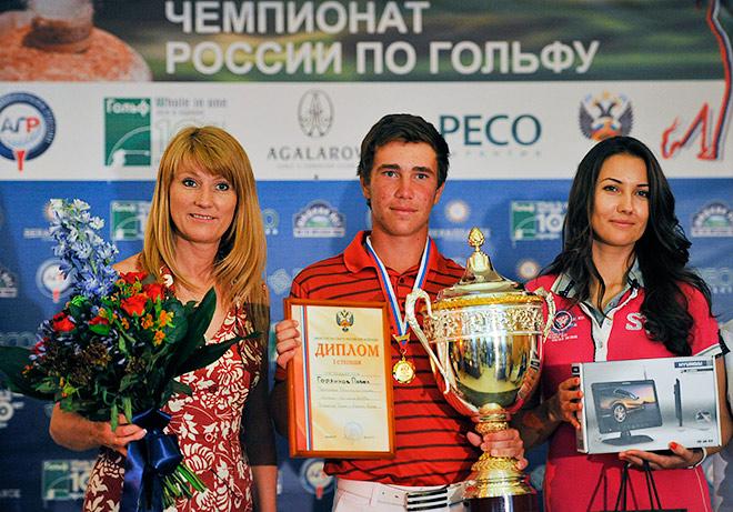Олимпийская чемпионка Светлана Журова увлекается гольфом