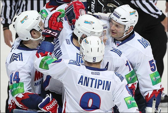 Виктор Антипин