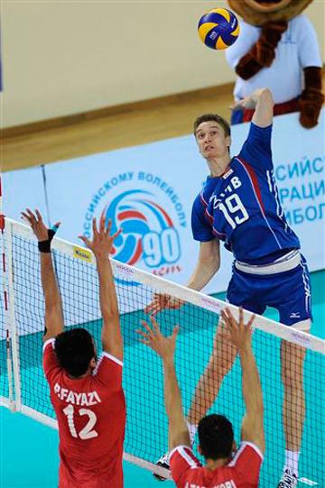 Во втором матче Иран превзошёл сборную России на блоке