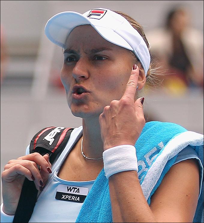 Надежда Петрова стала третьей ракеткой в парном разряде