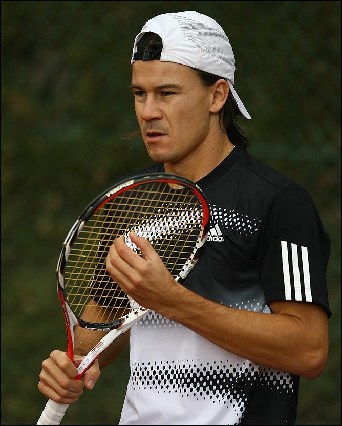 Гильермо Кория, Аргентина. Стал третьей ракеткой 3 мая 2004 года