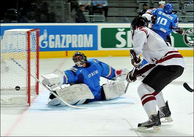 12.05.2010. ЧМ-2010. Италия - Латвия - 2:5. Фото 06.