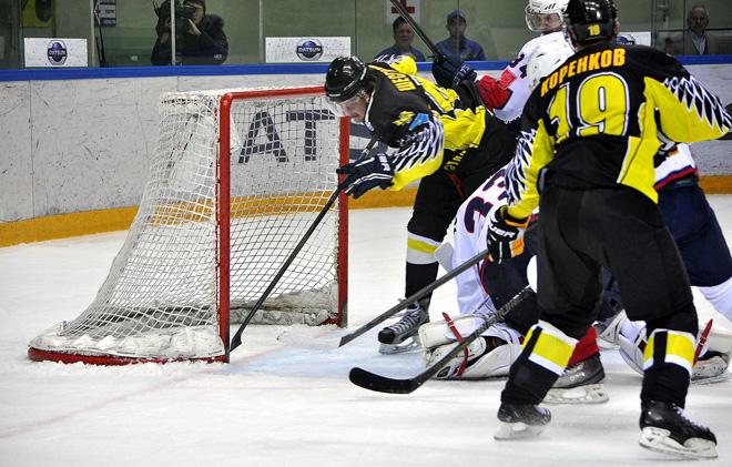«Сарыарка» вышла в единоличные лидеры регулярного чемпионата ВХЛ