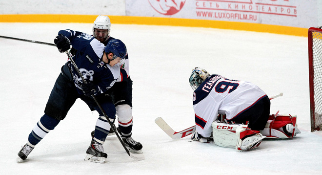 Дебют Георгия Гелашвили в ВХЛ, в матче «Динамо» (Балашиха) – ХК «Саров»