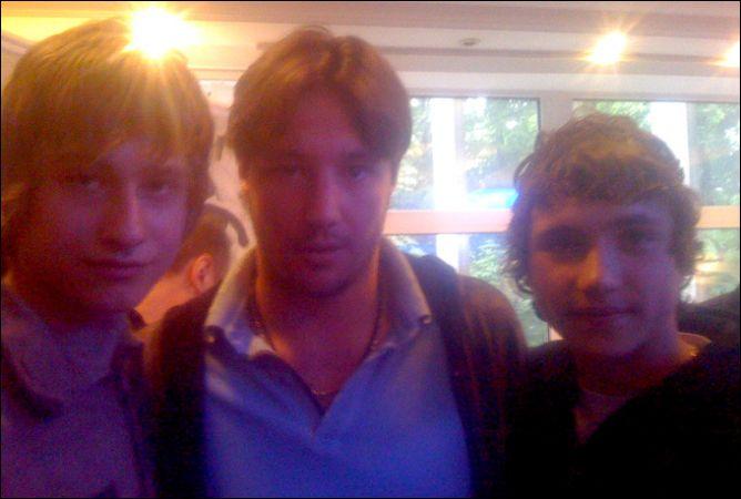Спартаковцы бывают разными. Слева направо: Кирилл Кабанов, Илья Ковальчук и Александр Хохлачев в Сокольниках.