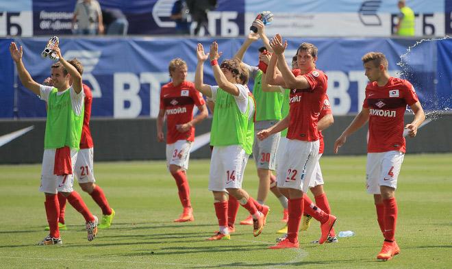 «Динамо» — «Спартак»: репортаж от кромки поля