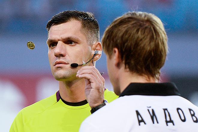 Арбитр Игорь Федотов был заменён из-за травмы