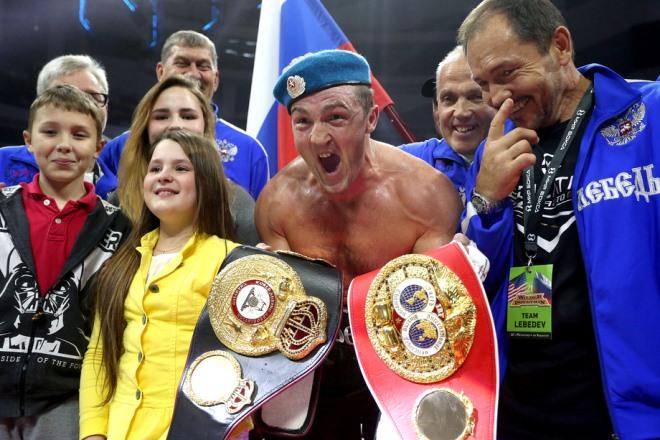Денис Лебедев объединил пояса WBA/IBF