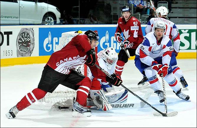 14.05.2010. ЧМ-2010. Канада - Норвегия - 12:1. Фото 01.