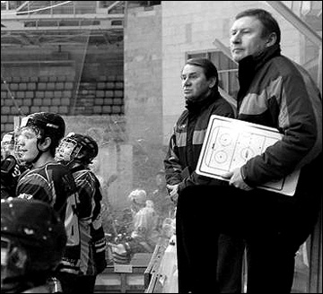 Виктор Доброхотов (в центре) и Вячеслав Рьянов