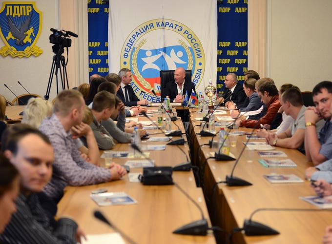 Депутат ЛДПР Игорь Лебедев был назначен председателем попечительского совета ФКР