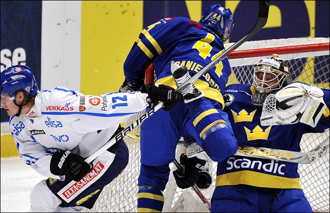 12 февраля 2012 года. Стокгольм. Еврохоккейтур. Шведские игры. Швеция — Финляндия — 3:1