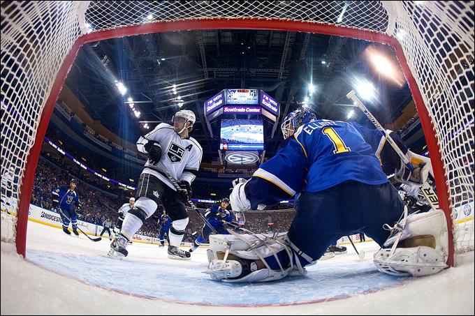 """8 мая 2013 года. Сент-Луис. Плей-офф НХЛ. 1/8 финала. Матч № 5. """"Сент-Луис"""" — """"Лос-Анджелес"""" — 2:3 (ОТ). """"Лос-Анджелес"""" вышел вперед в серии 3-2"""