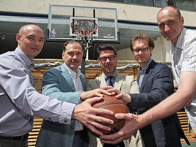 Слева направо: Олег Мелещенко, Александр Красненков, Фотис Кацикарис, Олег Ушаков, Михаил Соловьёв