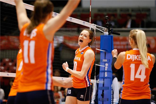 Диагональная голландской команды Лоннеке Слотьес набрала 30 очков за матч