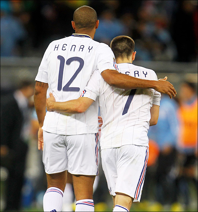 Тьерри Анри и Франк Рибери ничем не помогли Франции на чемпионате мира-2010