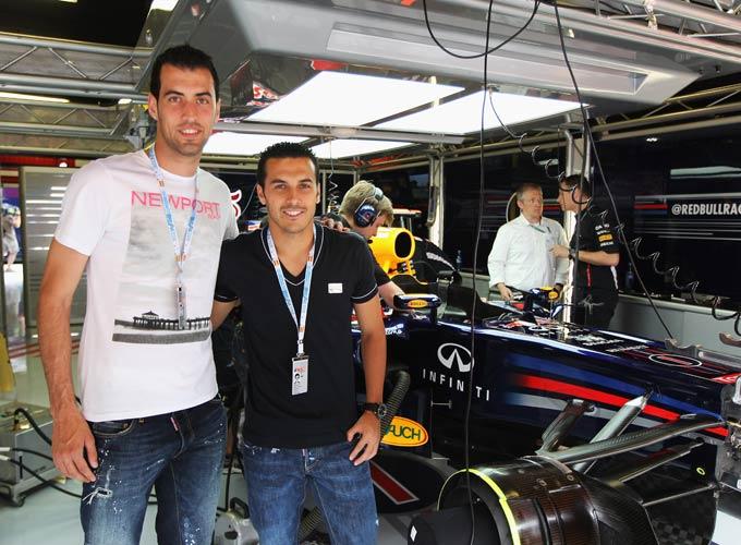 "Серхио Бускетс и Педро Родригес на гонках ""Формула-1"""