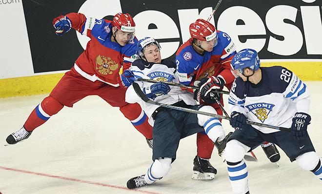 Игровой момент матча Россия — Финляндия