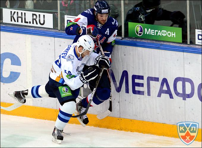 Михаил Григорьев против Евгения Артюхина