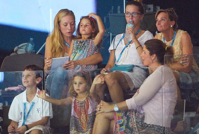 Федерер собирается в Париж всей семьёй