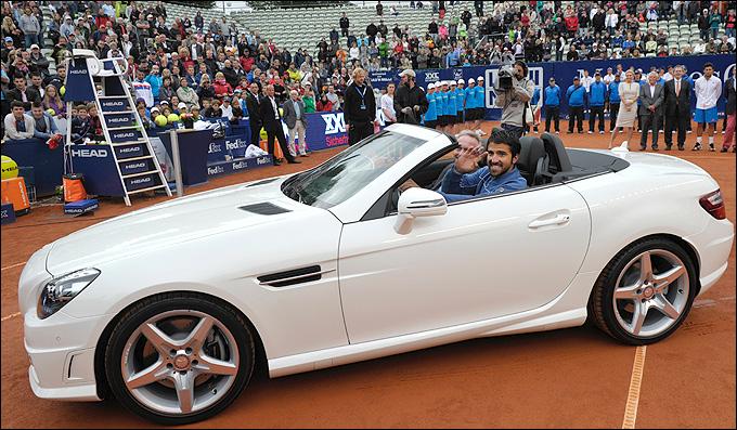 Типсаревич выиграл в Штутгарте новый автомобиль