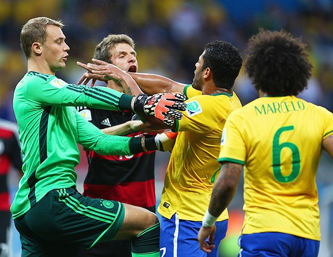 ЧМ-2014. 1/2 финала. Бразилия – Германия – 1:7. Столкновение Халка и Нойера