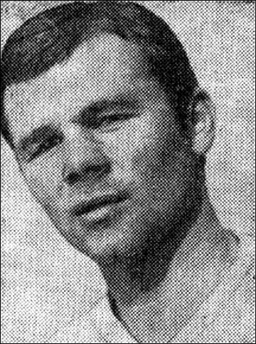 Анатолий Хомутов, молодые годы
