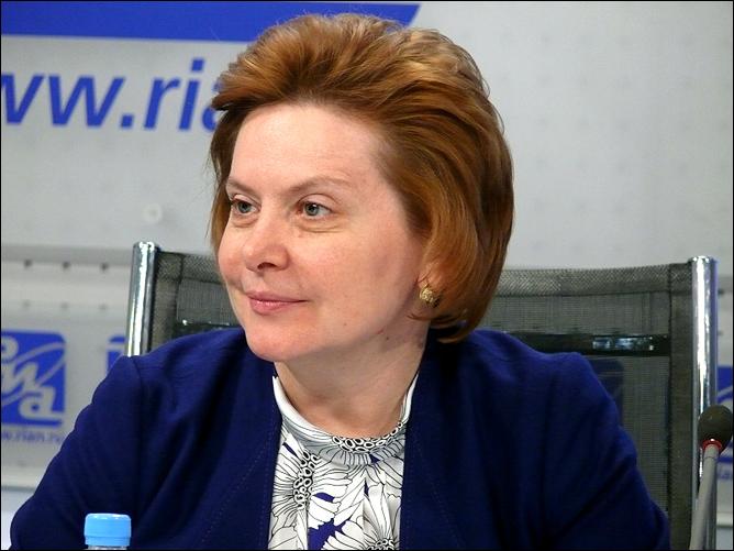 Главная хоккейная леди России, губернатор Ханты-Мансийского автономного округа Наталья Комарова.