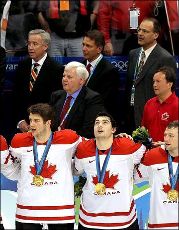 Кен Холланд в составе штаба сборной Канады на Олимпиаде в Ванкувере