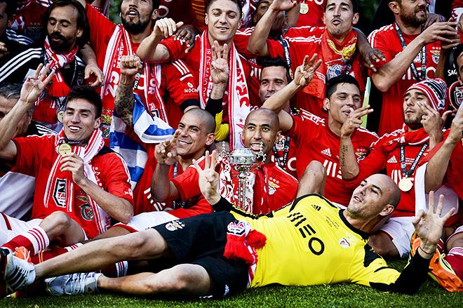 «Проклятая» в еврокубках «Бенфика» выиграла все национальные трофеи