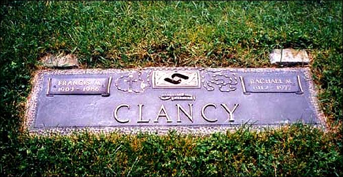 Могила Фрэнсиса Майкла Клэнси на католическом кладбище Торонто