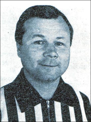 Анатолий Хомутов, судья республиканской категории