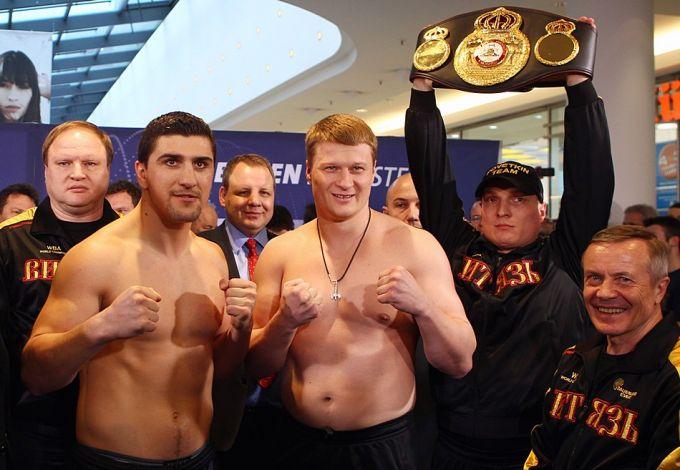 Марко Хук (95,0 кг) — Александр Поветкин (104, 0 кг)