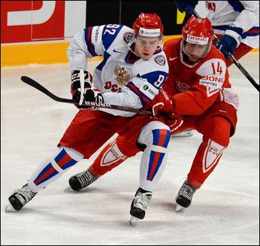 Кирилл Старков (справа) против Евгения Кузнецова