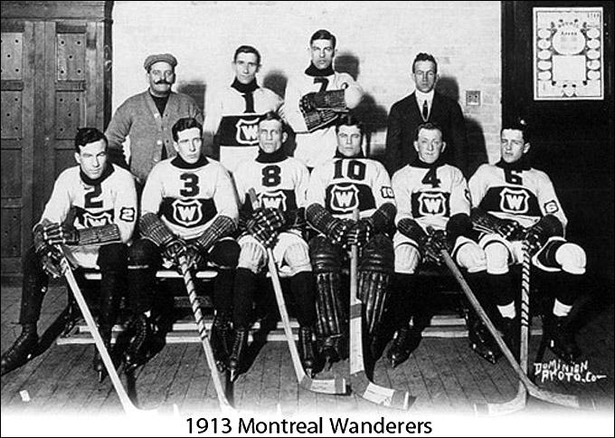 """""""Монреаль Уондерерз"""" Образца 1913 года. Арт Росс крайний слева в первом ряду"""