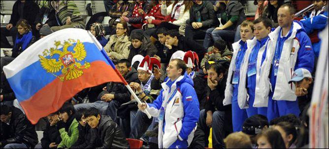 В 2011 году хоккейные сборные России еще никому ничего не проигрывали. Так держать!