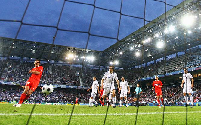 На Евро-2008 судьбу матча Россия — Греция решил гол Константина Зырянова