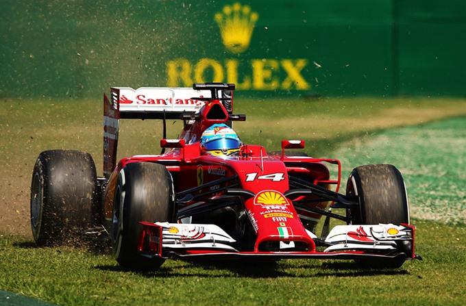 Фоторепортаж с пятничных тренировок Гран-при Австралии