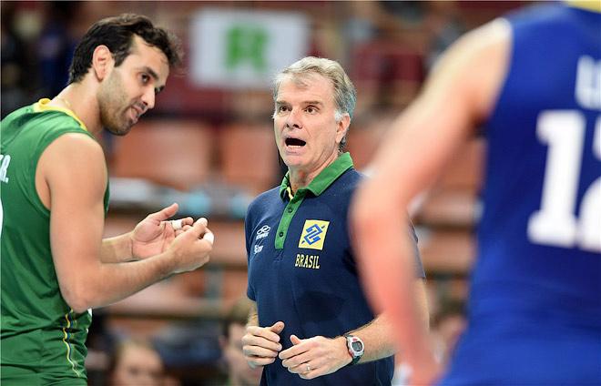 Главный тренер сборной Бразилии Бернардо Резенде