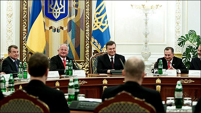 """Юлиус Шуплер и """"Донбасс"""" на приёме у президента Украины Виктора Януковича"""