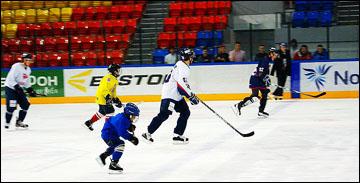 Необычный хоккейный матч