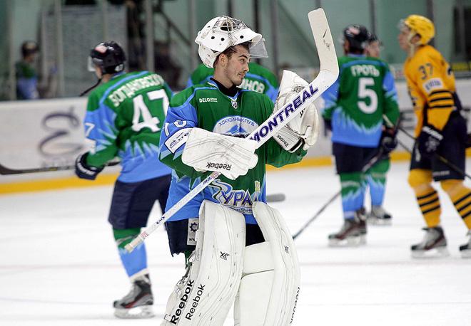 Лучший вратарь ВХЛ недели Александр Черепенин («Торос»)