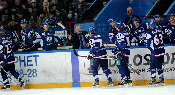 Евгений Зиновьев и его команда