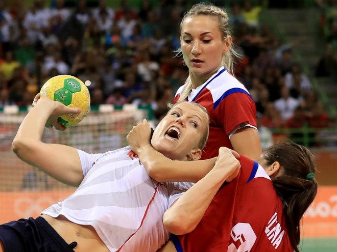 Сборная России по гандболу вышла в финал Олимпиады